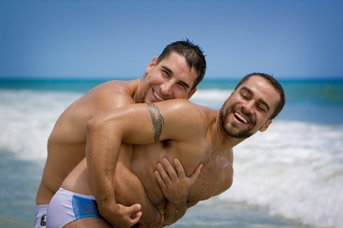 flirt with men for free