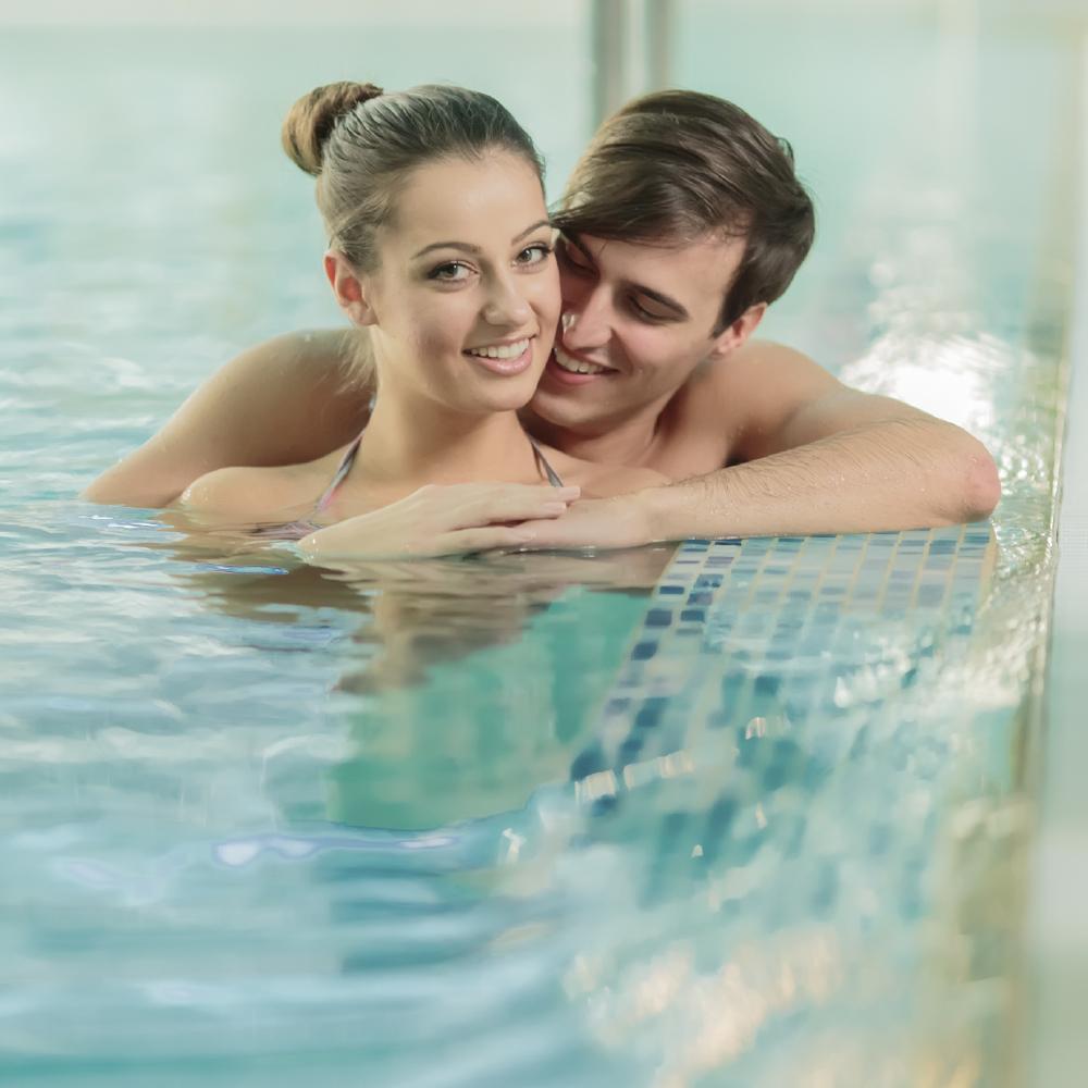 She Doesnu0027t Always Love Company In The Pool
